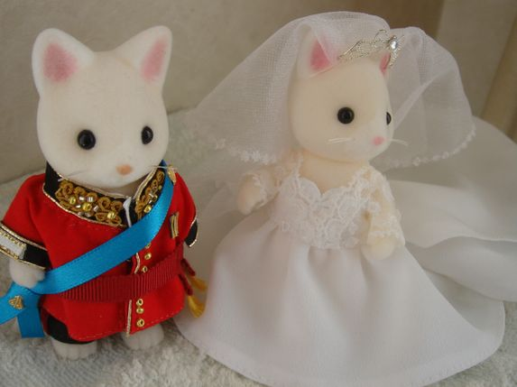 Sylvanian  royal wedding �P